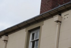 natural stone moulded parapet, with gutter6